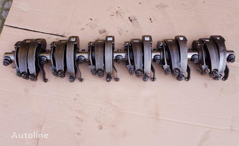 autre pièce détachée du moteur Klawiatura Zaworowa Cursor 10 pour tracteur routier IVECO Stralis Eurotrakker